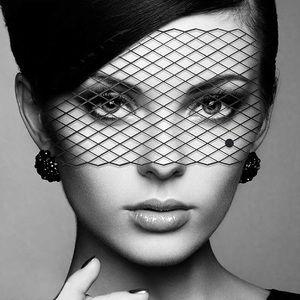 Bijoux Indiscrets Louise Eye Mask, One Size, Black